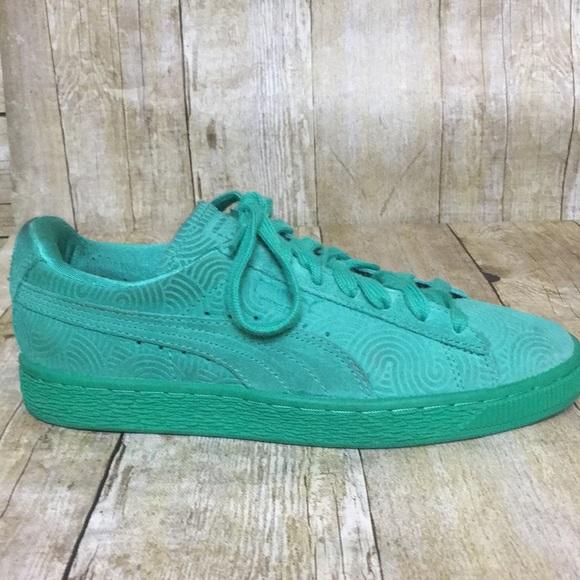 low priced e1a79 f20cd Green suede PUMAS
